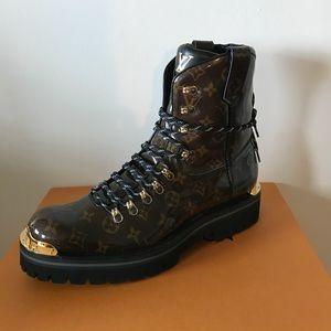 0409eb981bd9 Louis Vuitton Shoes - LV OUTLAND ANKLE BOOT